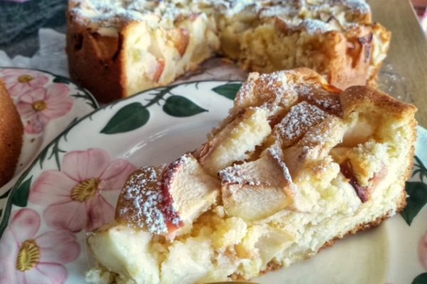 Apfelkuchen mit Rührteig